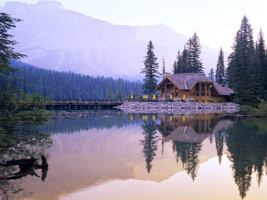 Lac Emerald dans le Yukon Canada