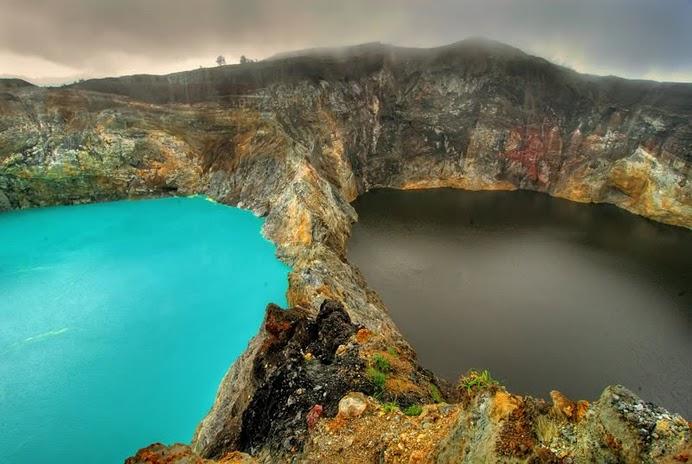 crateres lac kelimutu coueleurs changent