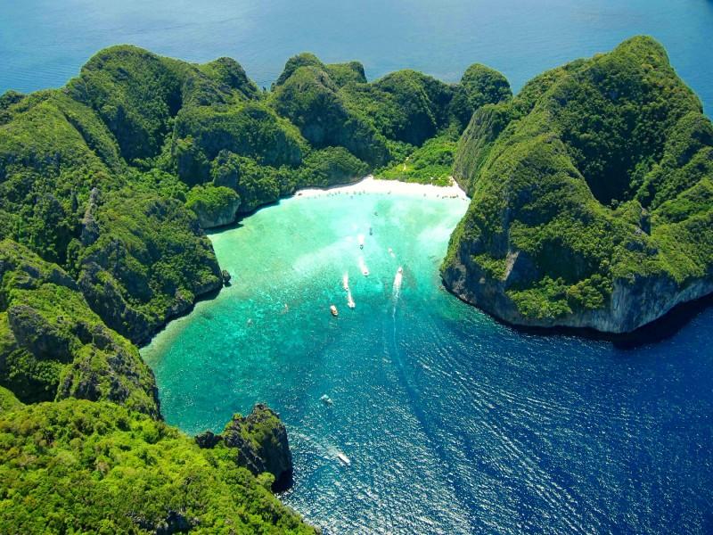 Iles paradisiaques top 8 des plus belles les du monde web trotters - Image d ile paradisiaque ...