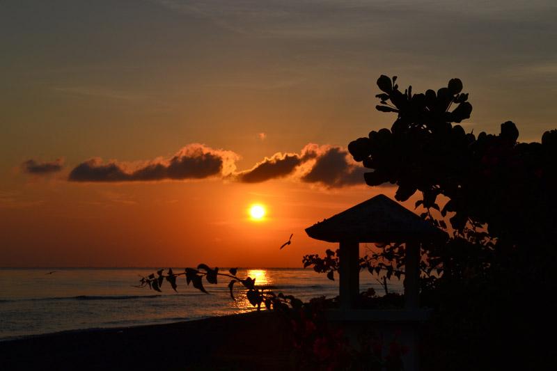 coucher de soleil Amed Indonesie