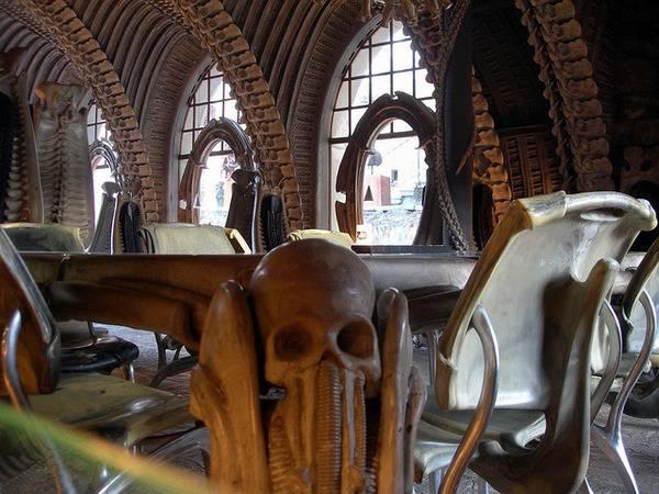 skeleton bar suisse os