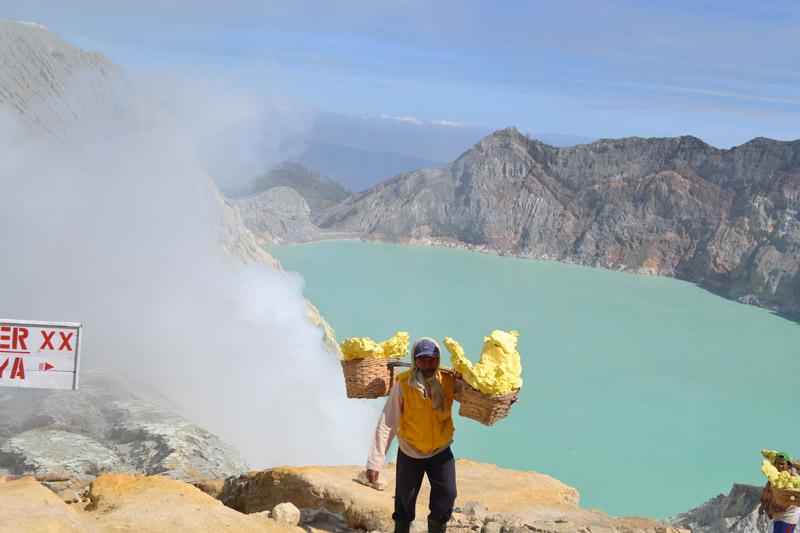 sommet volcan kawa ijen indonesie