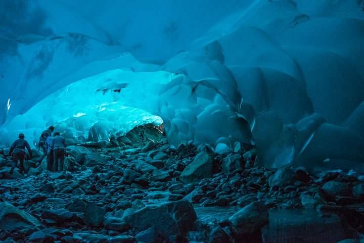 Les grottes de glaces de Juneau en Alaska Etats-Unis