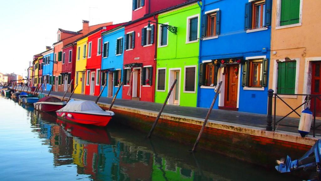 burano village coloré italie