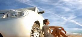 Louer une voiture en voyage : conseils et astuces